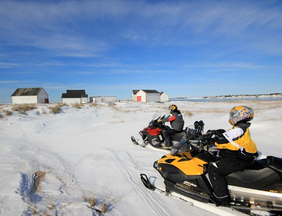 Snowmobilers in Natashquan, in Côte-Nord