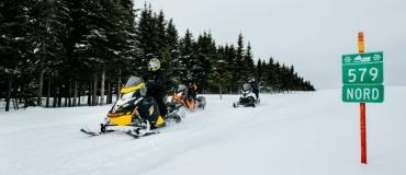 4 grands circuits motoneige à parcourir cet hiver!