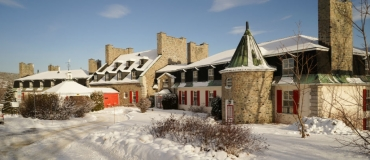 Snowmobile-Friendly Lodging in Côte-Nord
