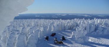 Motoneige : 7 expériences insolites dans les régions du Québec maritime