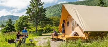 Hébergement au parc national Forillon : Tentes oTENTik