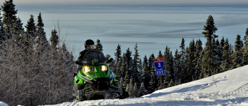 Snowmobiling in Côte-Nord: Beautiful Scenery to Contemplate