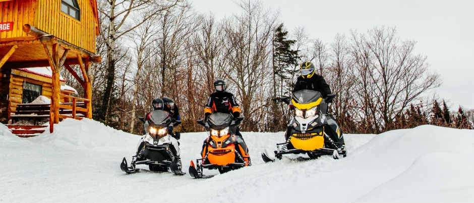 Snowmobiling in Bas-Saint-Laurent: A Glimpse of What Awaits You!