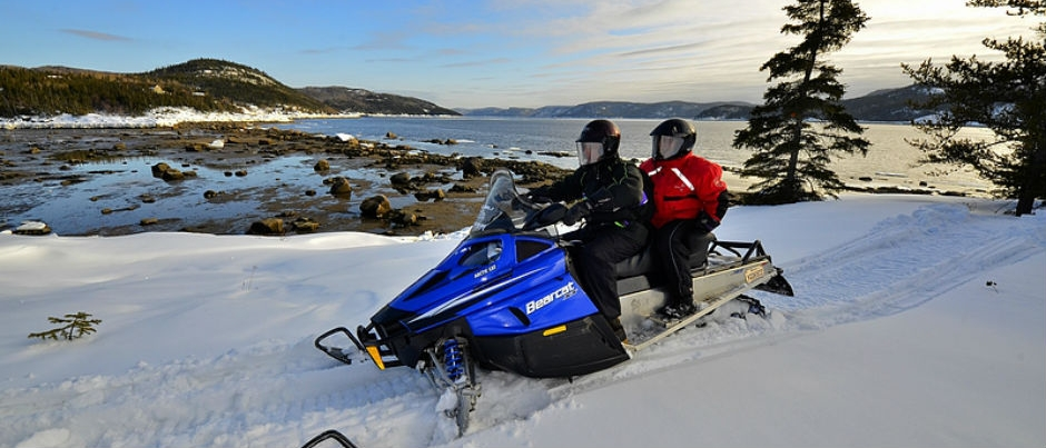 Guided Snowmobile Excursions in Eastern Quebec