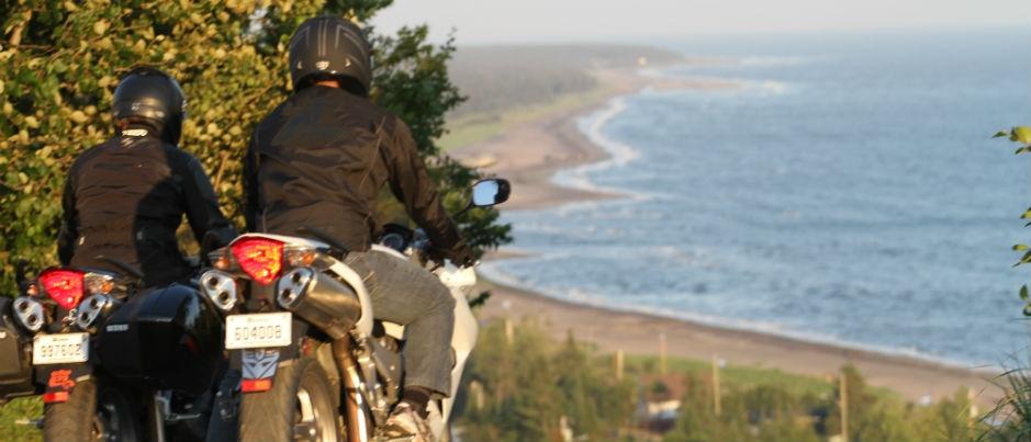5 bonnes raisons de faire de la moto dans les régions du Québec maritime