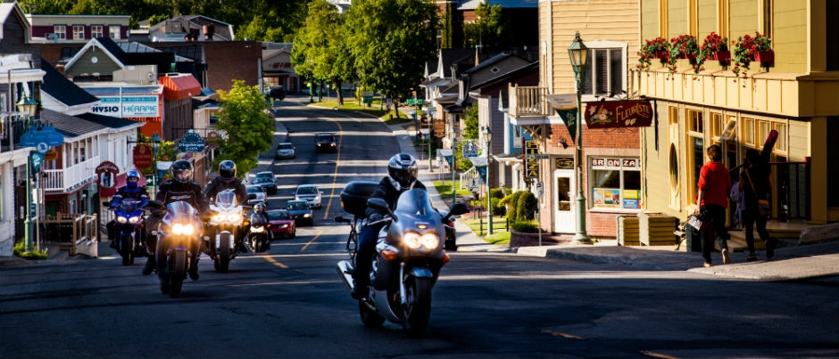 Motocyclistes : voici ce que nos hébergements vous proposent