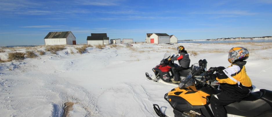 Snowmobiling in Côte-Nord: A Glimpse of What Awaits You!