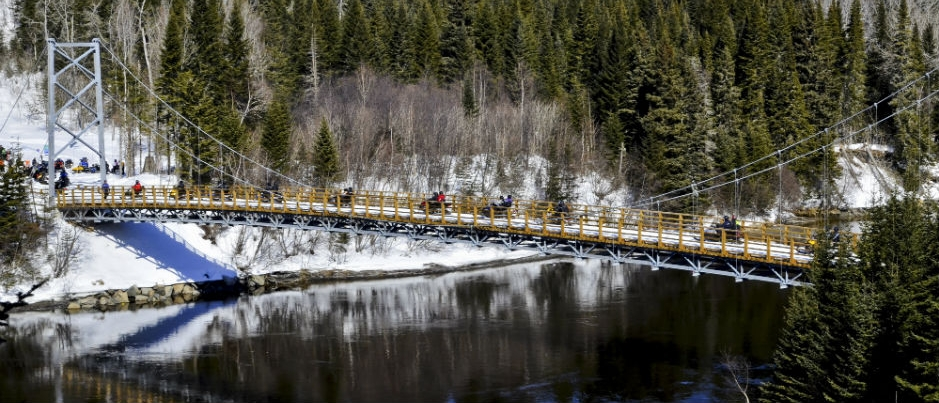 Snowmobiling in Côte-Nord: 5 Bridges Worth Crossing