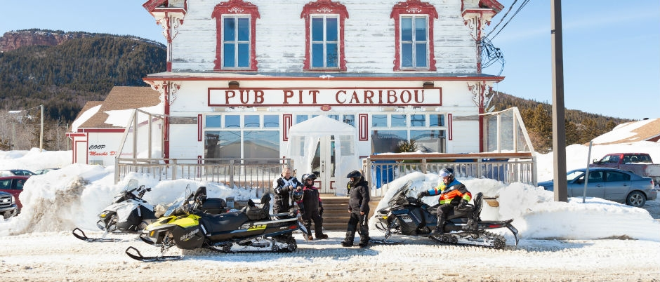 15 Microbreweries to Visit During a Snowmobile Expedition in Eastern Québec