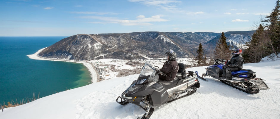Snowmobiling in Gaspésie: A Glimpse of What Awaits You!