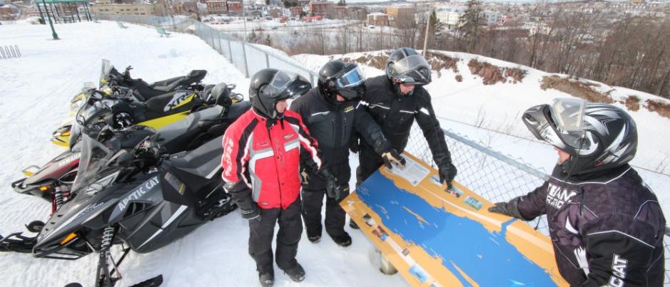 Raid motoneige dans l'est du Québec : on répond à vos questions!