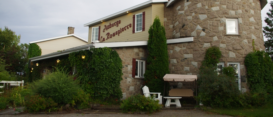 Vacationing in Côte-Nord: A Stay at Auberge La Rosepierre