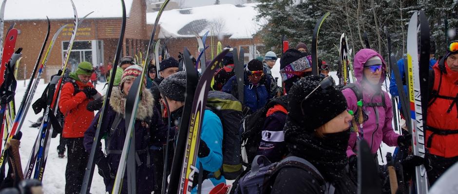 La traversée de la Gaspésie en ski de fond : la caravane conviviale