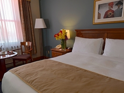 Bed & Breakfast Package