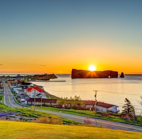 Canada – Un voyage de Québec vers la Gaspésie a travers les paroisses au 19 eme siècle Sejour-perce-getaway