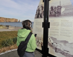 Historical walking tour of Percé